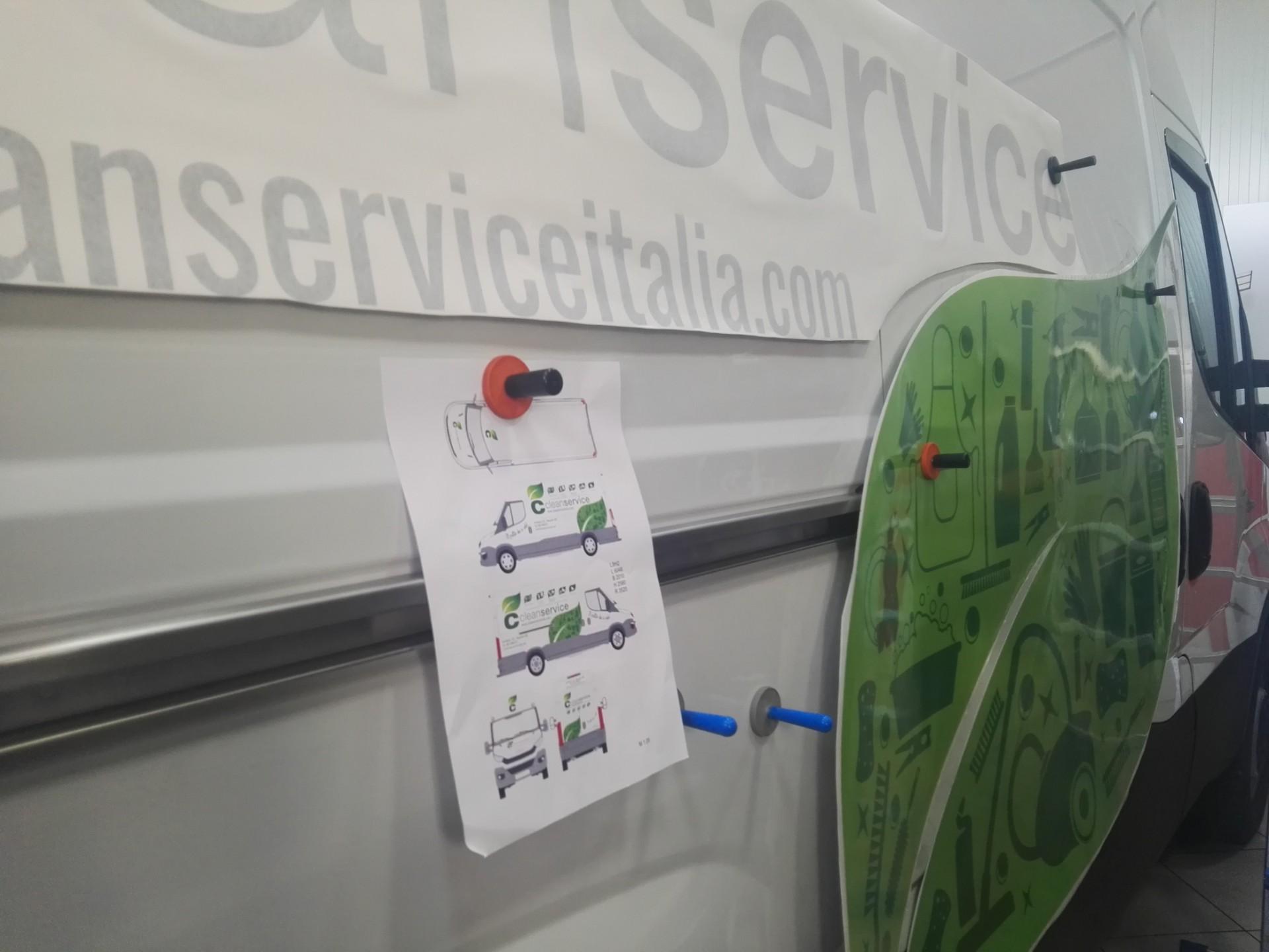 personalizzazione decorazione automezzi