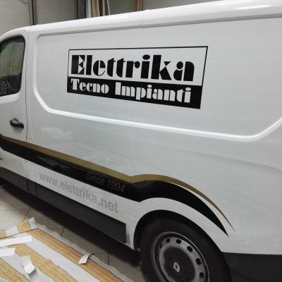 furgone aziendale personalizzato a Brescia